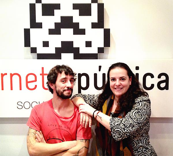 Javier y Marta en Internet República